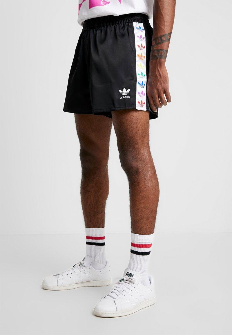 adidas Originals - PRIDE - Shorts - black/white