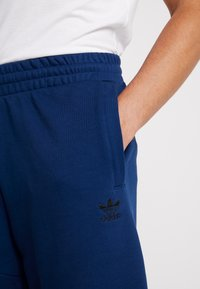 adidas Originals - Pantalones deportivos - mystery blue - 3