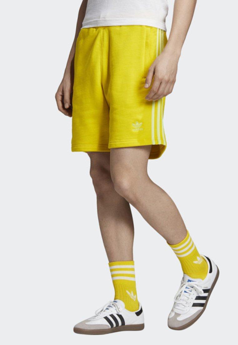 adidas Originals - 3-STRIPES SHORTS - Shorts - yellow