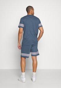 adidas Originals - OUTLINE  - Szorty - dark blue - 2