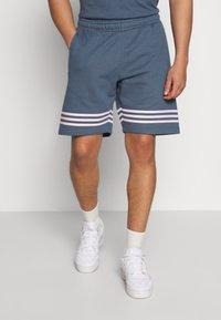 adidas Originals - OUTLINE  - Szorty - dark blue - 0