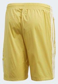 adidas Originals - SHORTS - Shorts - yellow - 9
