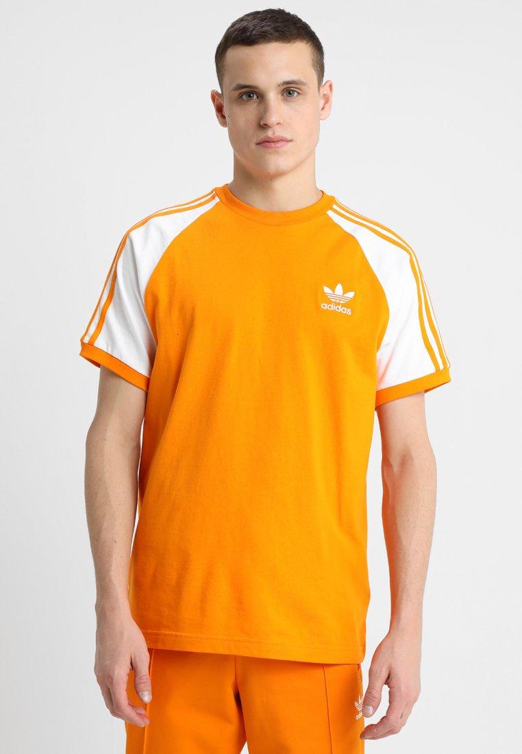 adidas Originals - 3-STRIPES TEE - T-shirt con stampa - bright orange