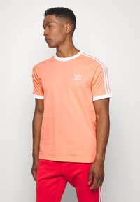 adidas Originals - ADICOLOR 3STRIPES SHORT SLEEVE TEE - Print T-shirt - chacor - 0