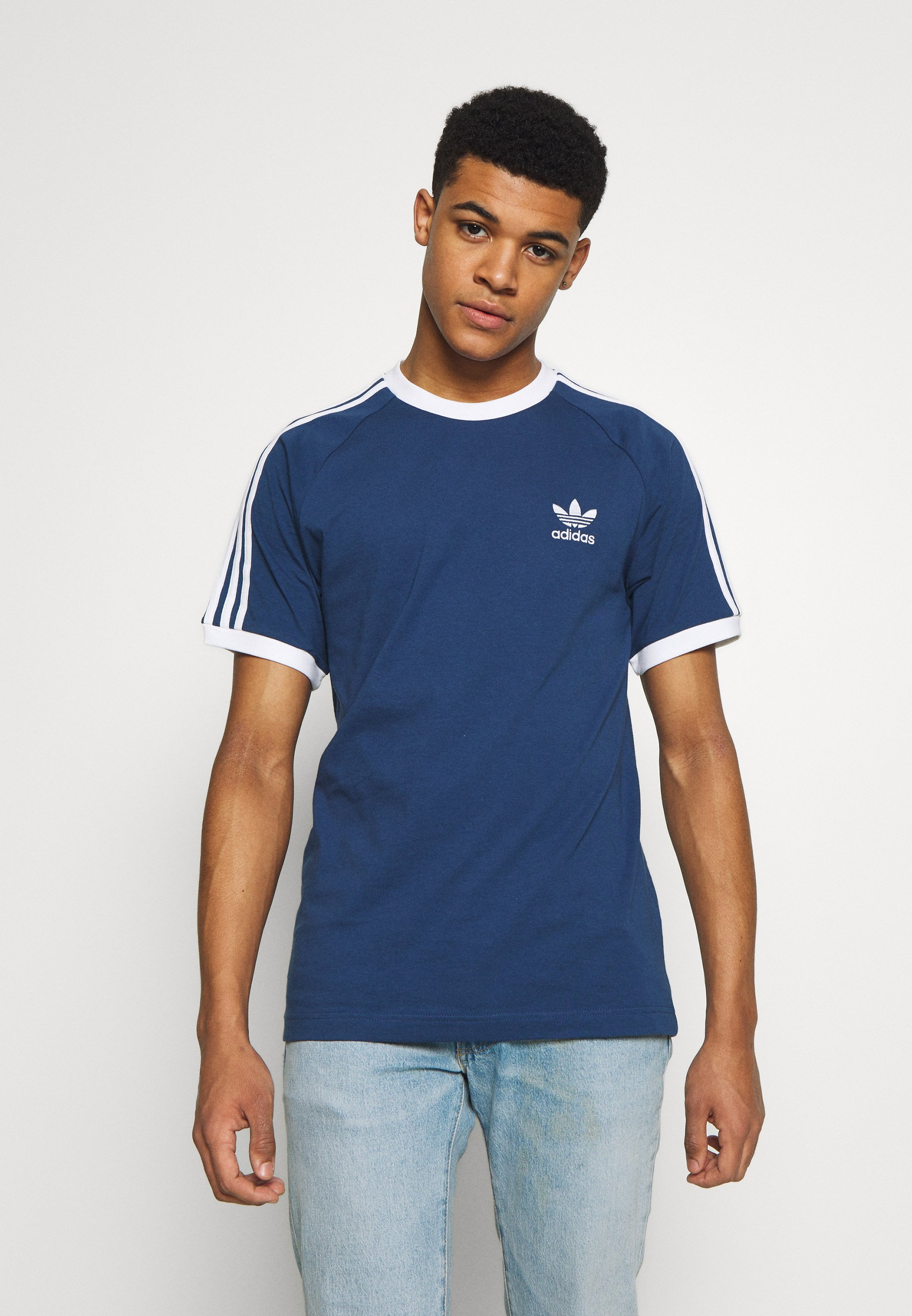 adidas Originals ADICOLOR 3STRIPES SHORT SLEEVE TEE - T-shirt z nadrukiem - dark blue