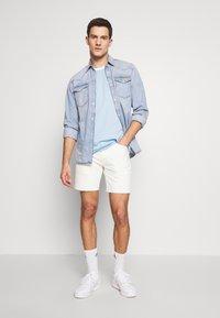 adidas Originals - ADICOLOR 3STRIPES SHORT SLEEVE TEE - Print T-shirt - clesky - 1