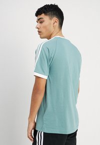 adidas Originals - ADICOLOR 3STRIPES SHORT SLEEVE TEE - T-shirt imprimé - mint - 2
