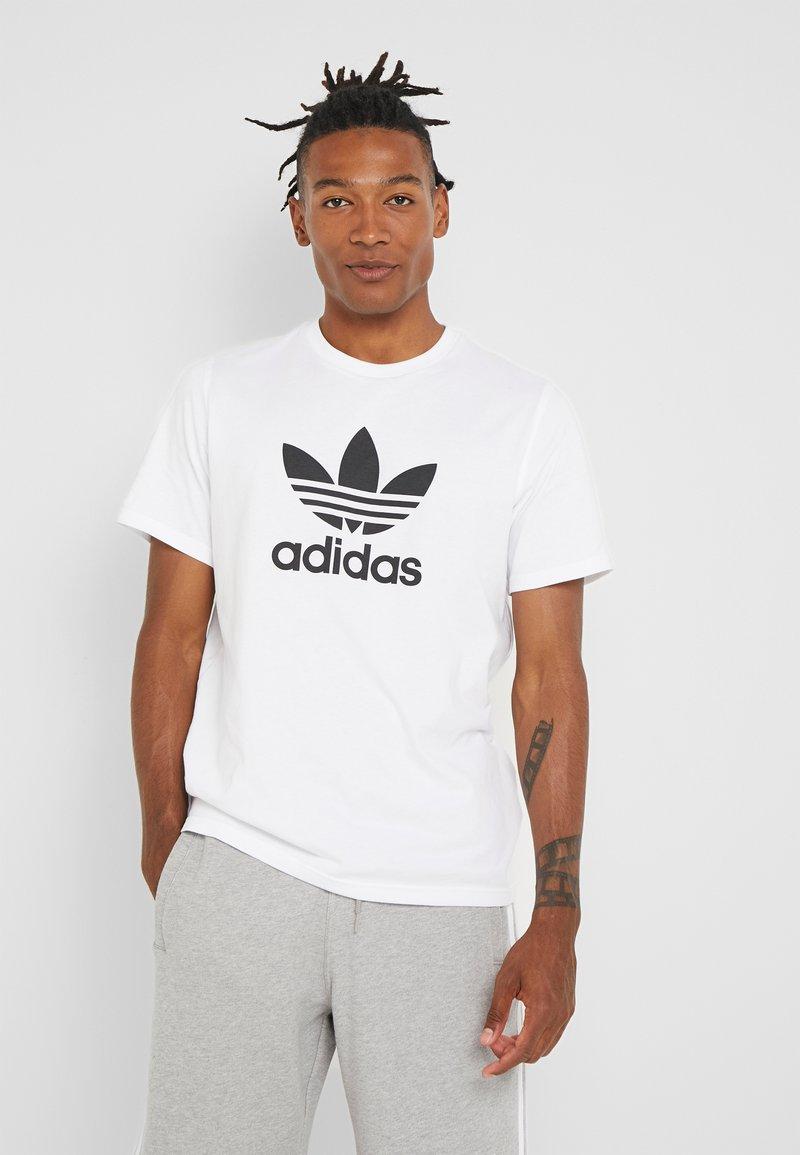 adidas Originals - ADICOLOR TREFOIL TEE - Print T-shirt - white