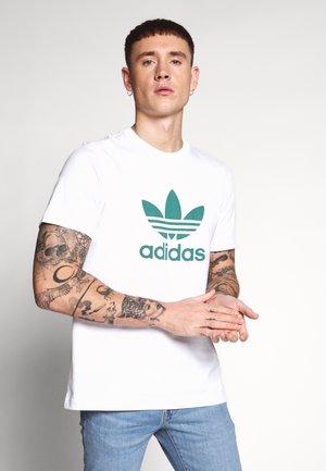 ADICOLOR TREFOIL TEE - T-shirt z nadrukiem - white/mint