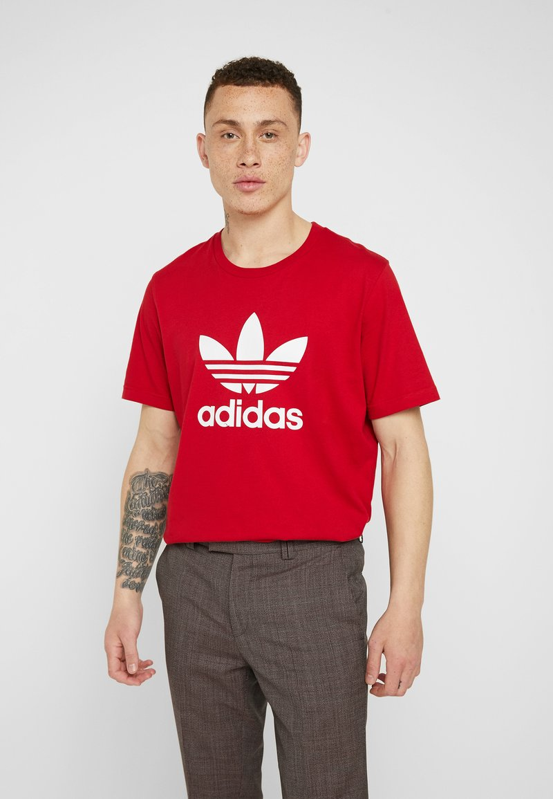 adidas Originals - ADICOLOR TREFOIL TEE - Printtipaita - power red