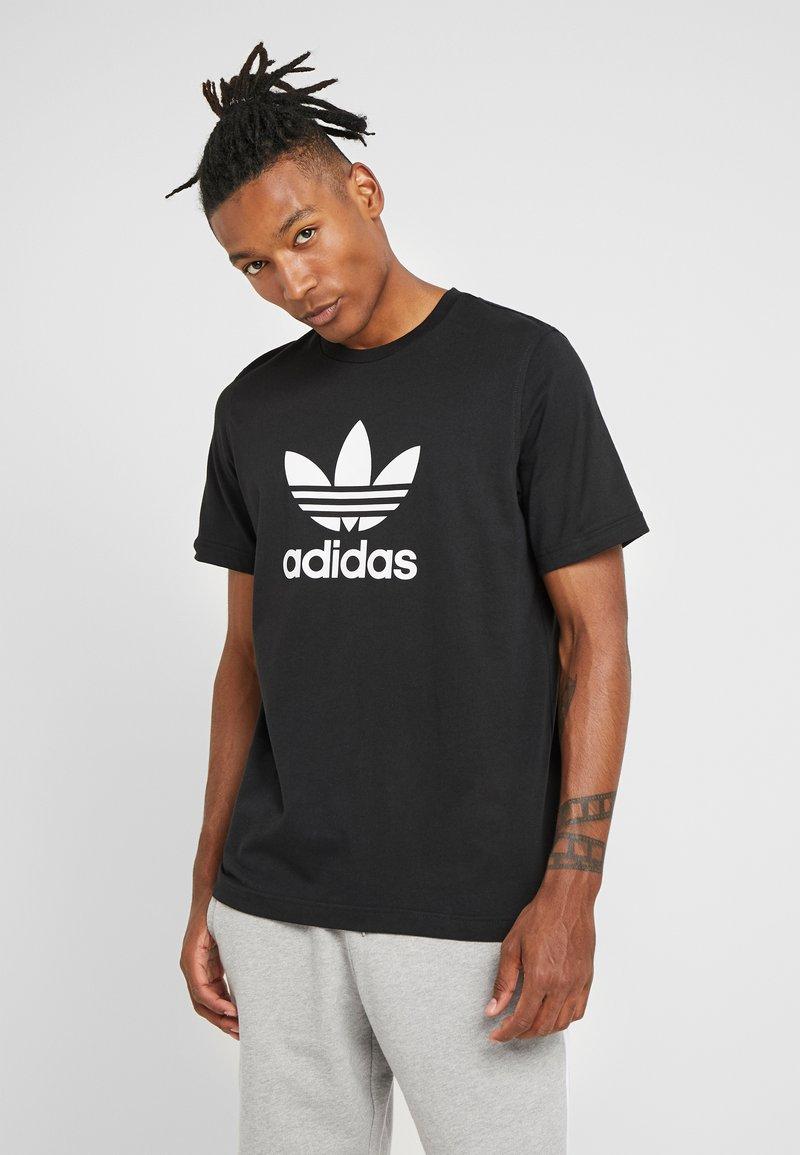 adidas Originals - ADICOLOR TREFOIL TEE - T-shirts med print - black