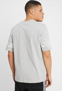 adidas Originals - OUTLINE TEE - T-shirt print - mottled grey - 2