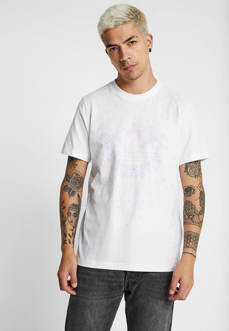 adidas Originals - BANDANA TREFOIL - Camiseta estampada - white
