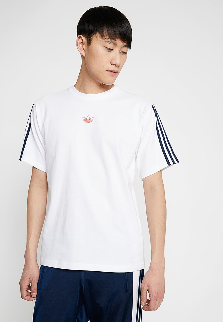 adidas Originals - FLOATING TEE - Print T-shirt - white/conavy
