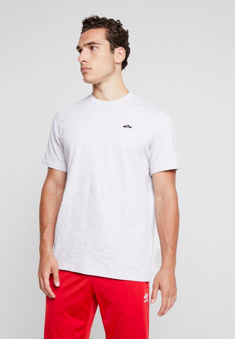 adidas Originals - MINI TEE - Print T-shirt - light grey