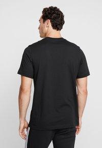adidas Originals - MINI TEE - T-shirt print - black - 2