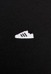 adidas Originals - MINI TEE - T-shirt print - black - 5