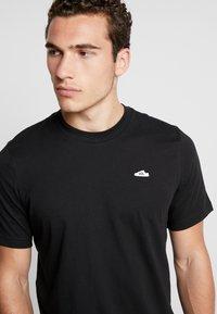 adidas Originals - MINI TEE - T-shirt print - black - 3