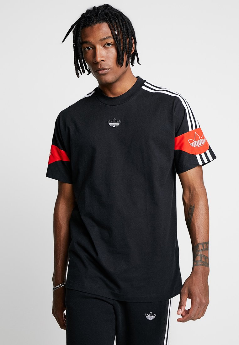 adidas Originals - TEE - Camiseta estampada - black/core red