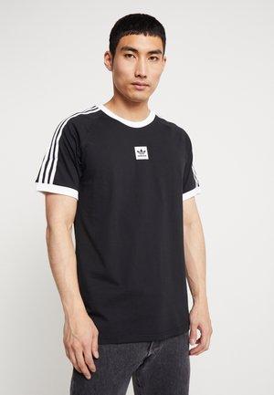 CALI 2.0 TEE - T-shirt imprimé - black/white