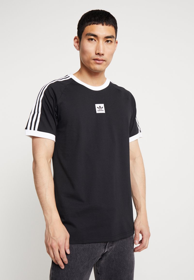adidas Originals - CALI 2.0 TEE - Camiseta estampada - black/white