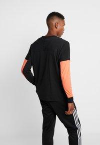adidas Originals - REVEAL YOUR VOICE LONGSLEEVE - Longsleeve - black - 2