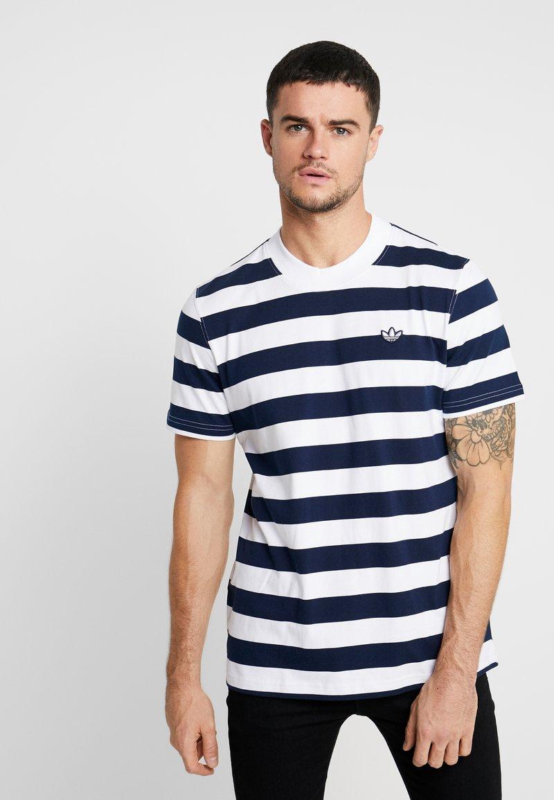 adidas Originals - STRIPE TEE - Print T-shirt - night indigo/white