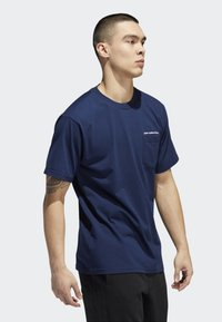 adidas Originals - POCKET T-SHIRT - T-shirt print - blue - 3