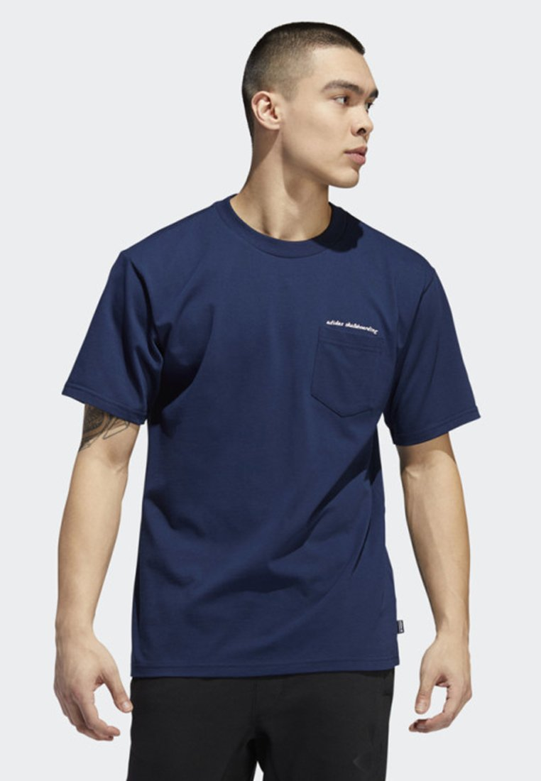 adidas Originals - POCKET T-SHIRT - T-shirt print - blue