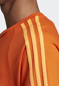 adidas Originals - 3-STRIPES T-SHIRT - T-shirts print - orange - 5