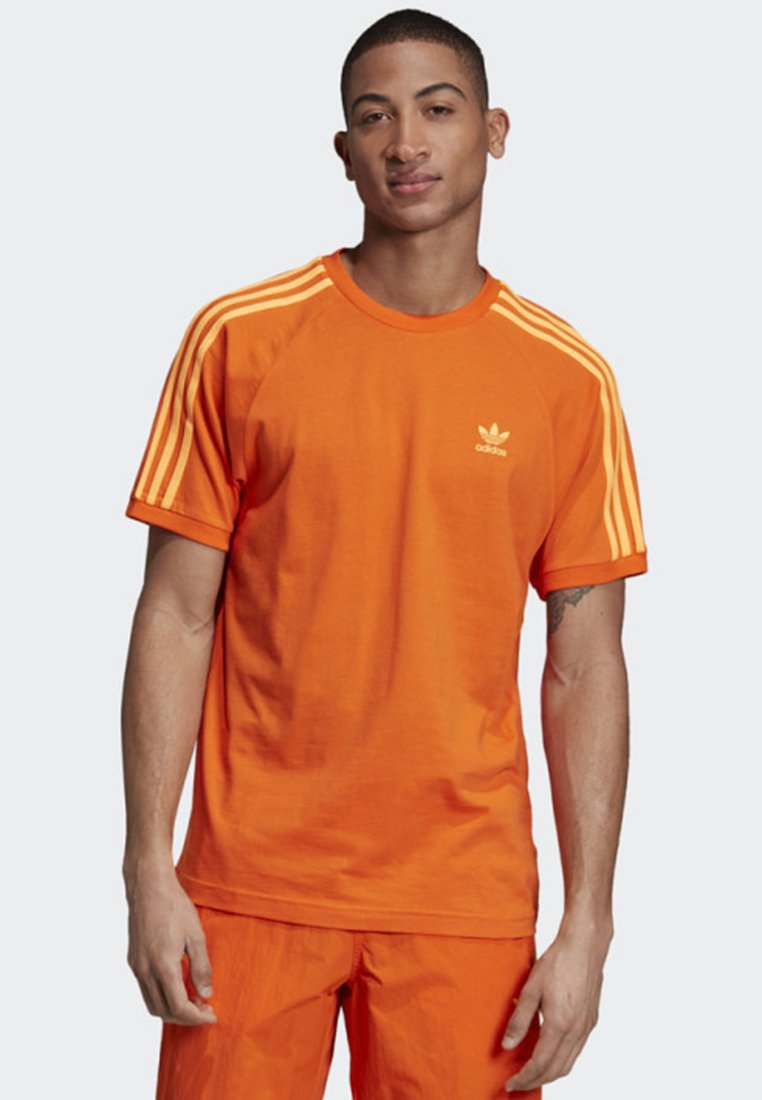 adidas Originals - 3-STRIPES T-SHIRT - T-Shirt print - orange