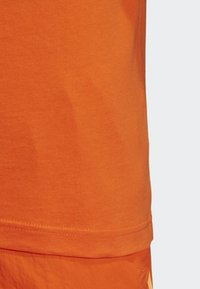 adidas Originals - 3-STRIPES T-SHIRT - T-shirts print - orange - 6