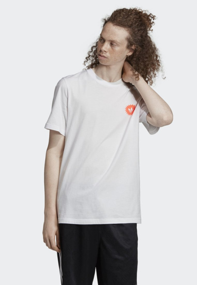 adidas Originals - BODEGA POSTER T-SHIRT - T-shirt imprimé - white