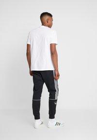 adidas Originals - ESSENTIAL TEE UNISEX - T-shirt basic - white - 2