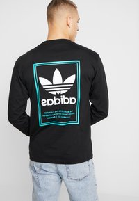 adidas Originals - TONGUE LABEL - Pitkähihainen paita - black - 2