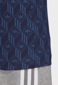 adidas Originals - MONO ALLOVER PRINT T-SHIRT - T-shirt print - blue - 7
