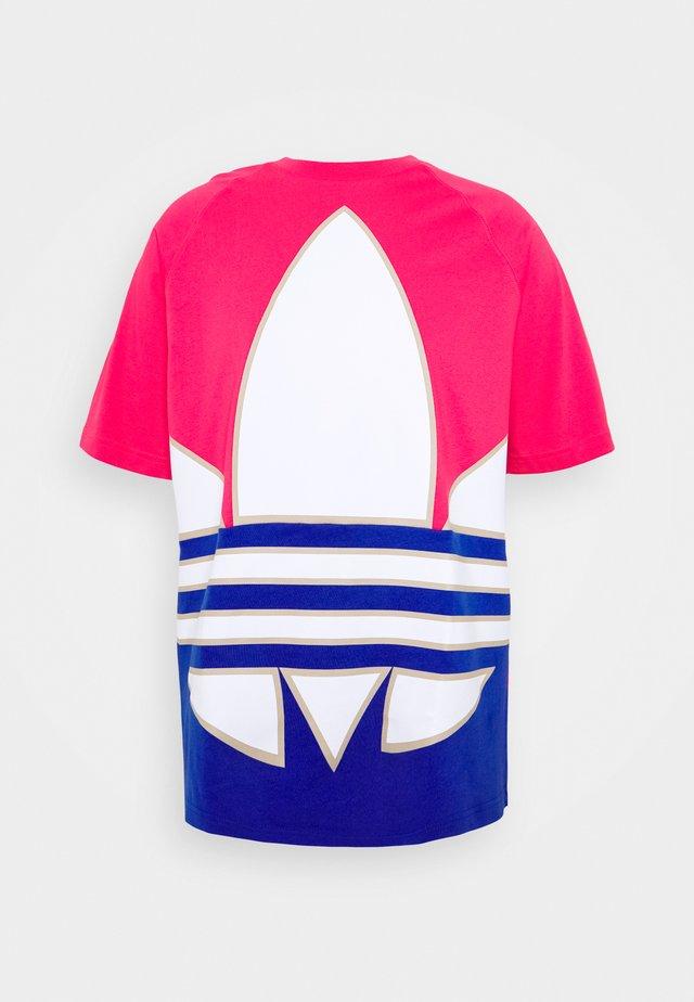 TREFOIL ADICOLOR SHORT SLEEVE TEE - T-Shirt print - pink