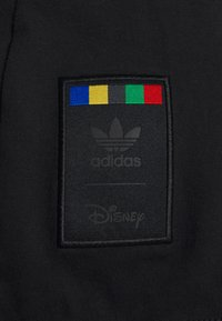 adidas Originals - GOOFY TEE - Print T-shirt - black/white - 5