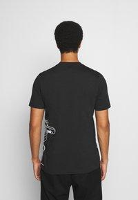adidas Originals - GOOFY TEE - Print T-shirt - black/white - 2
