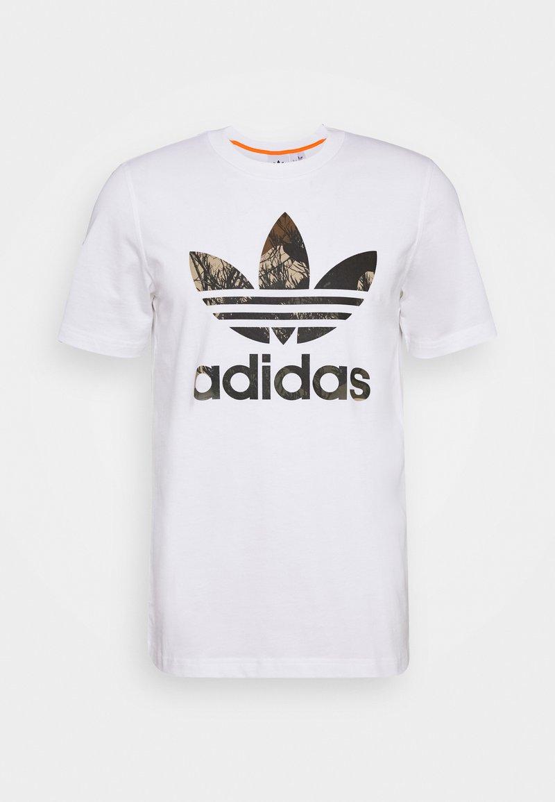 adidas Originals - CAMO TEE - Printtipaita - white