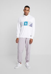 adidas Originals - RUGBY - Polo - white/grey/active teal/collegiate purple - 1