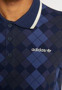 adidas Originals - ARGYLE - Polotričko - dark blue - 5