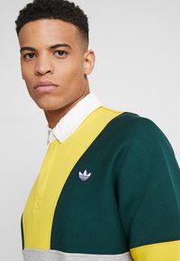 adidas Originals - RUGBY SHIRT - Pikeepaita - grey, yellow - 3