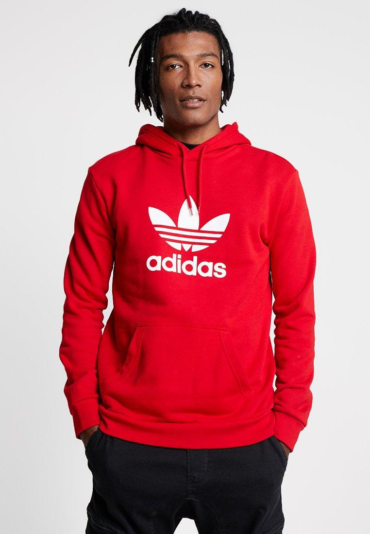 adidas Originals - ADICOLOR TREFOIL HOODIE - Luvtröja - scarlet/white