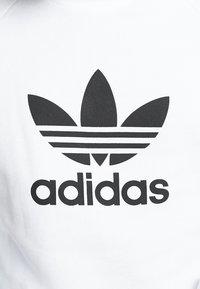adidas Originals - ADICOLOR TREFOIL  - Bluza - white - 5