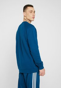 adidas Originals - ADICOLOR TREFOIL  - Sweatshirt - blue - 2