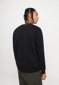 adidas Originals - ADICOLOR TREFOIL  - Bluza - black - 2