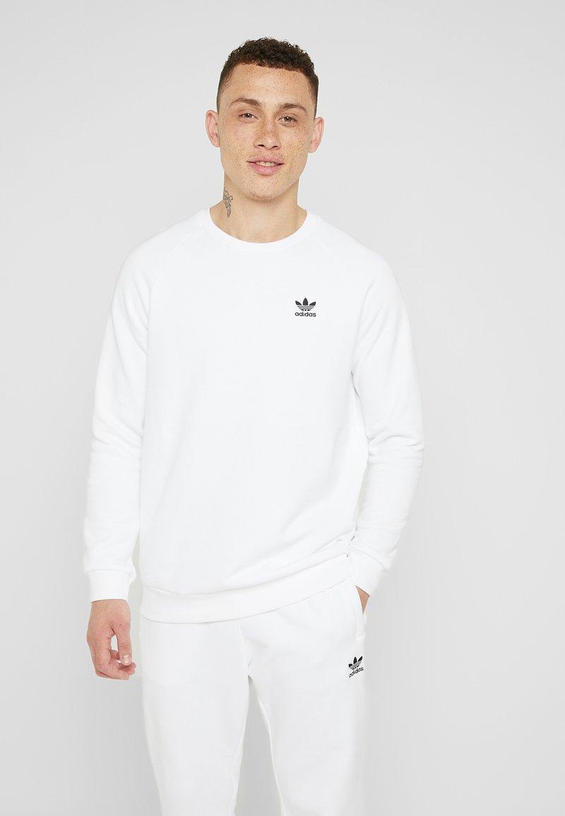 adidas Originals - ESSENTIAL TREFOIL PULLOVER - Bluza - white