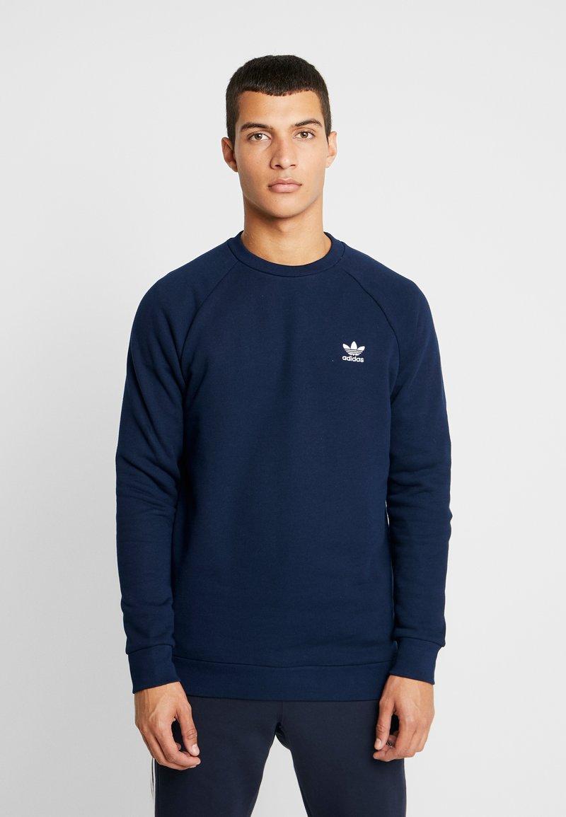 adidas Originals - ESSENTIAL TREFOIL PULLOVER - Bluza - collegiate navy