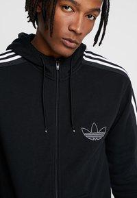 adidas Originals - OUTLINE - Hoodie met rits - black - 3